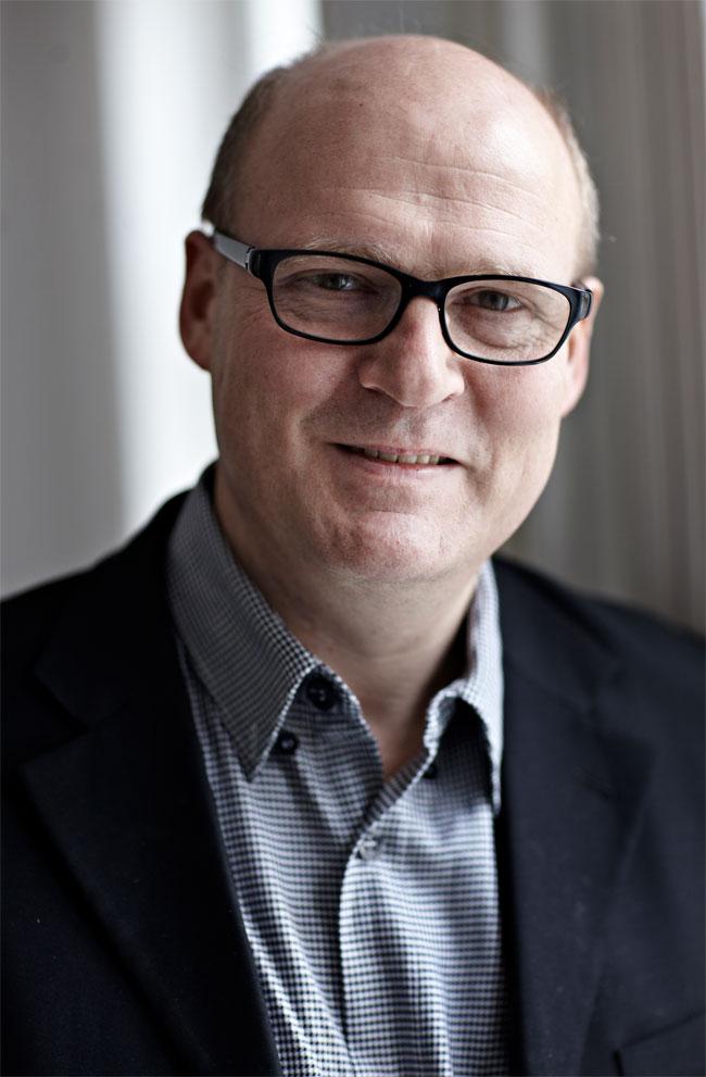Frans Bak salary