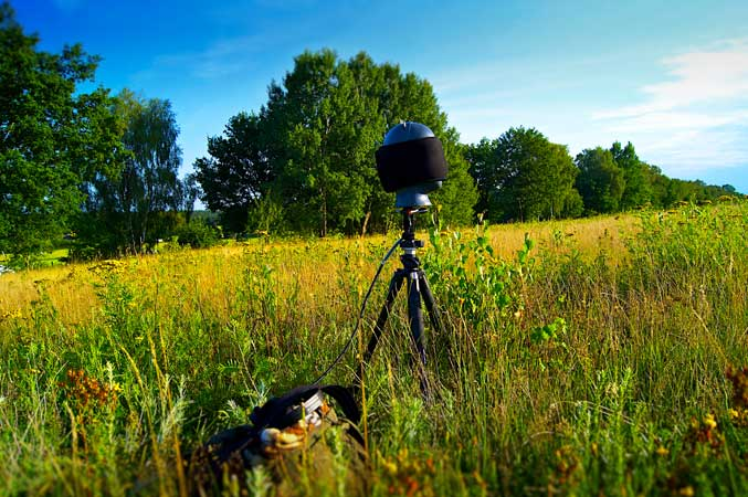 Binaural nature recording